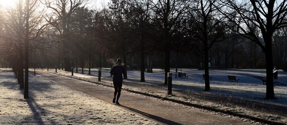 Baue Joggen in dein Winter-Golftraining ein